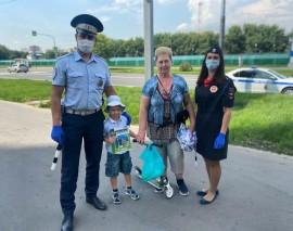 На Юго-Востоке Москвы сотрудники Госавтоинспекции провели профилактическое мероприятие «Маленький пешеход»