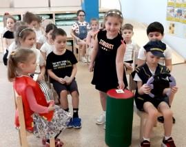 Тестирование знаний первой части обучения в «Школе Юного Пешехода»