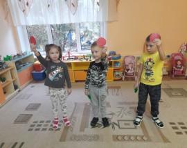 """В дошкольном отделении """"Солнечный город"""" Школы №947 ребята познакомились со Светофориком!"""